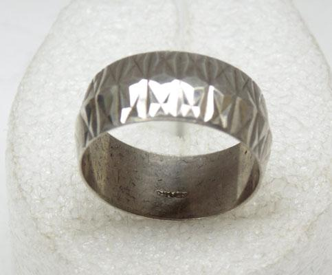 Vintage wide diamond cut solid silver ring