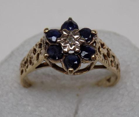 9ct gold, 6 sapphire, 6 diamond cluster ring