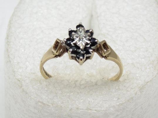 Old 9ct gold diamond & sapphire cluster ring