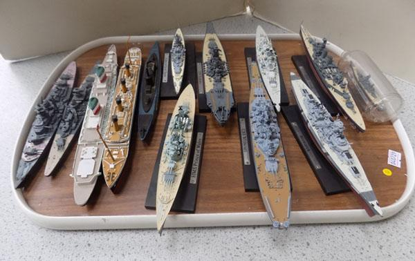 Tray of collectable battleships