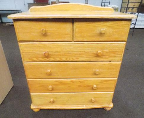 2 on 4 drawer pine chest
