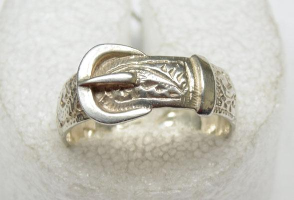 Solid silver buckle ring