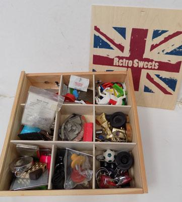 Mixed box of collectables