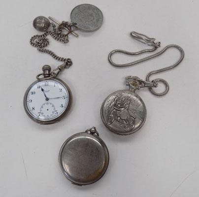 2 pocket watches, chains and empty casing