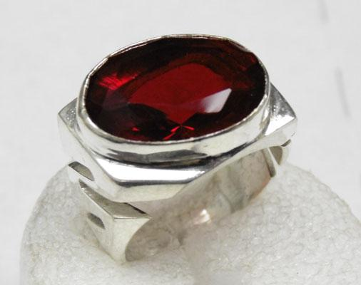 Solid silver Mozambique garnet ring