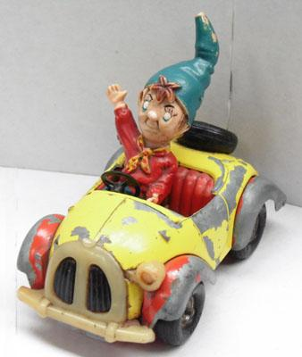 Old corgi Noddy car