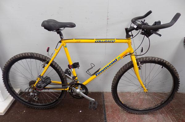 "Townsend Colorado yellow 26"" rigid 21 gears bike"