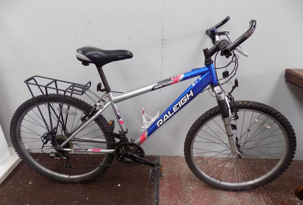 "Raleigh Manta Ray silver/blue 26"" hardtail 18 gears bike"