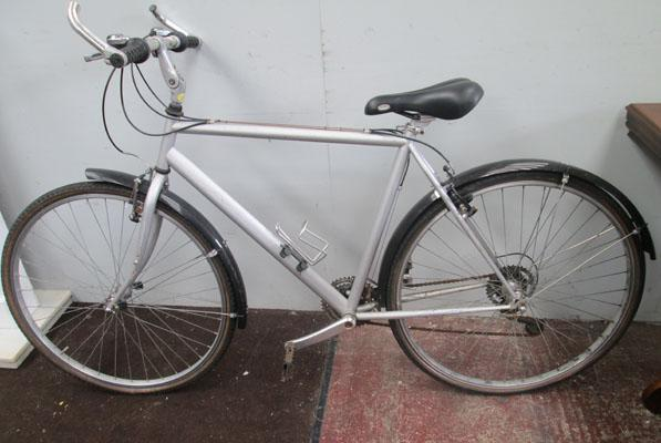"Cross Nomad silver 26"" full suspension  18 gears bike"