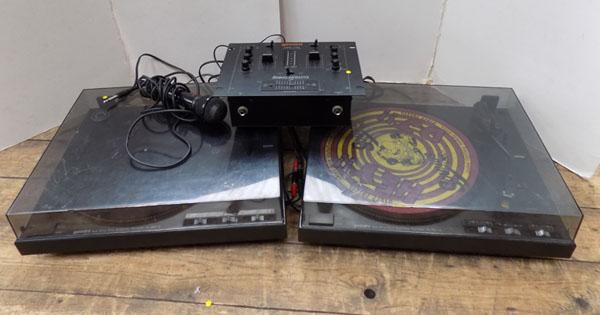 Pair of Gemini mixing decks and mixer etc