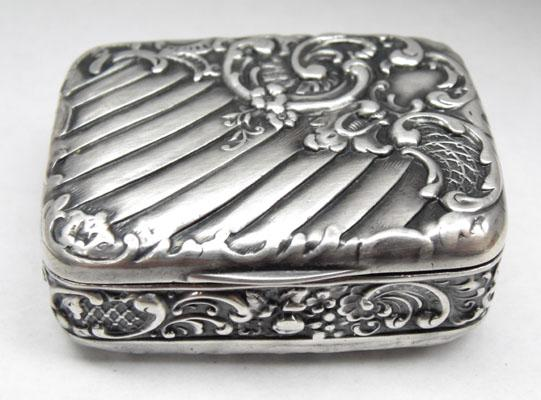 Late Victorian silver snuff box continental English export marks