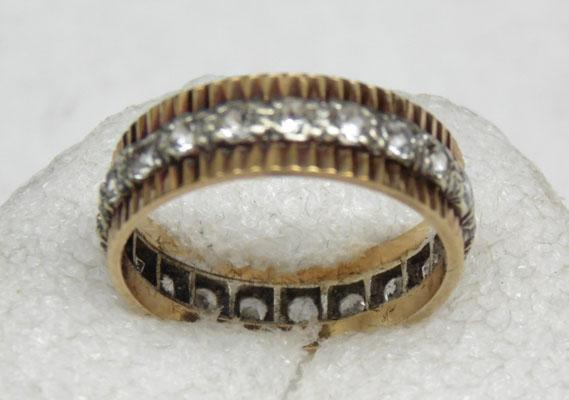 9ct gold unusual full eternity ring