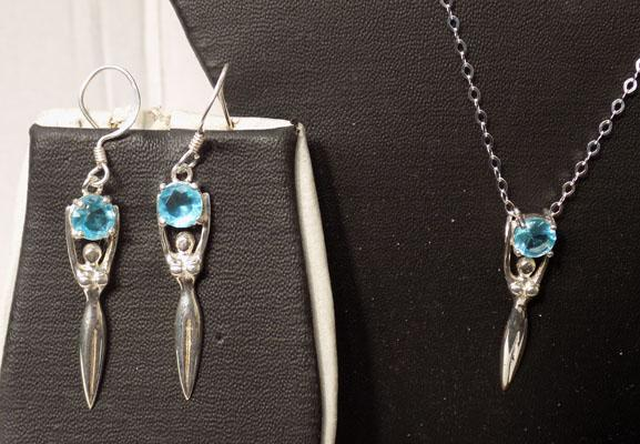 Set of silver and aquamarine jewellery