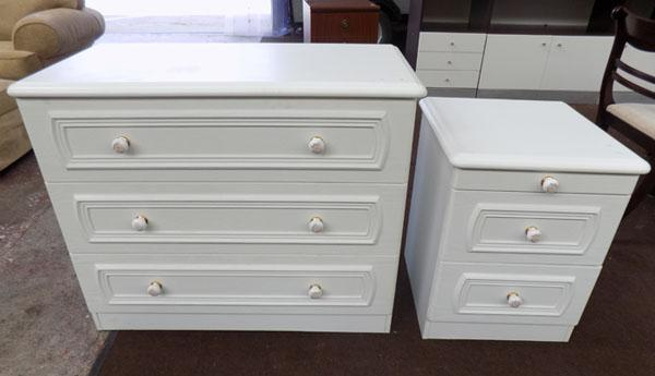 1x white 3 drawer and 1x bedside cabinet