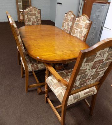 Oak table (6ft) + 6 chairs