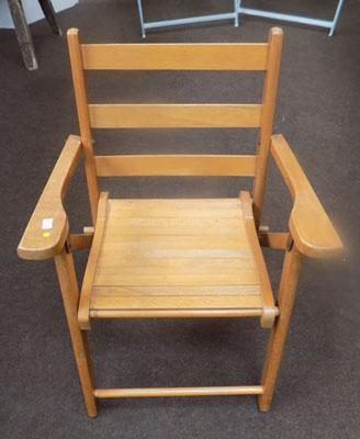 Fold-up child's pine chair