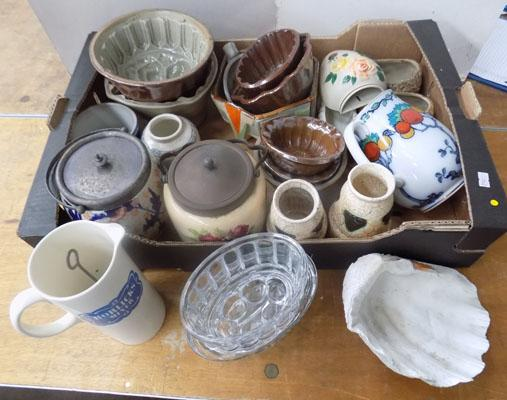 Box of vintage pottery and glassware