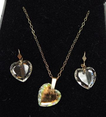 9ct gold crystal necklace & earring set