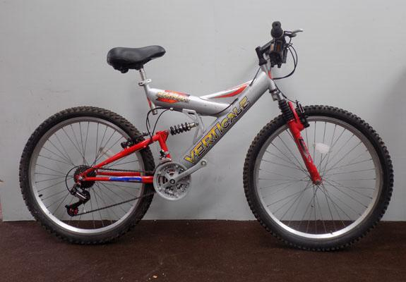 "Sentinel Vertical silver/red 26"" full suspension 21 gears bike"