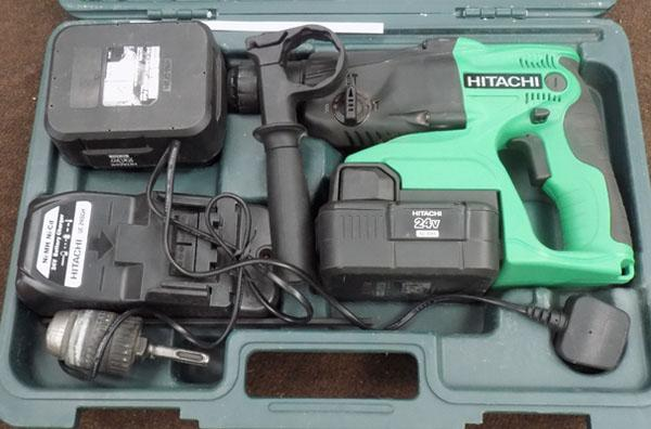 Hitachi 24v cordless 2 lithium batteries/charger in box in working order