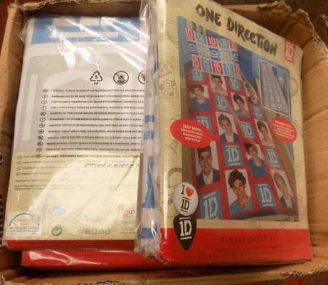 Box of One Direction bedding sets
