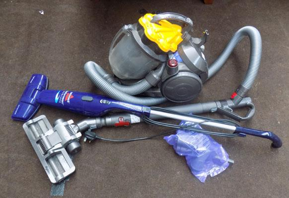 Dyson vacuum + Bissell featherweigt