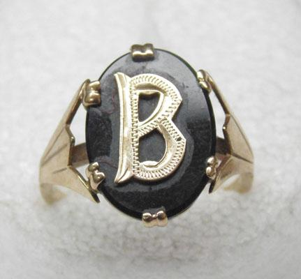 9ct gold vintage black onyx signet ring- initial 'B'