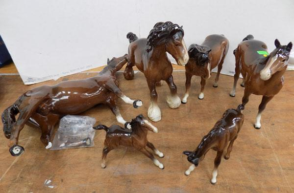 Collection of Beswick horses at fault