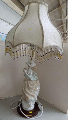 Elegant lady lamp