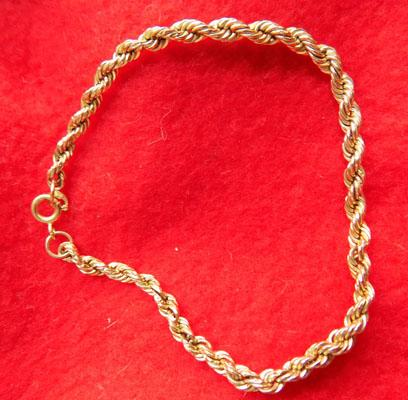 9ct Gold rope twist bracelet boxed