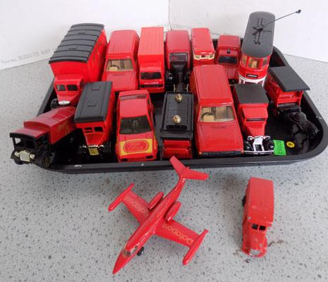 Tray of Corgi/Matchbox/Days Gone By Royal Mail vans
