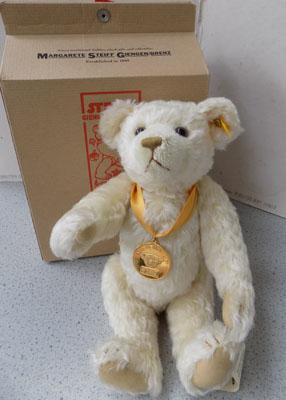 Steiff teddy bear, Millennium with box