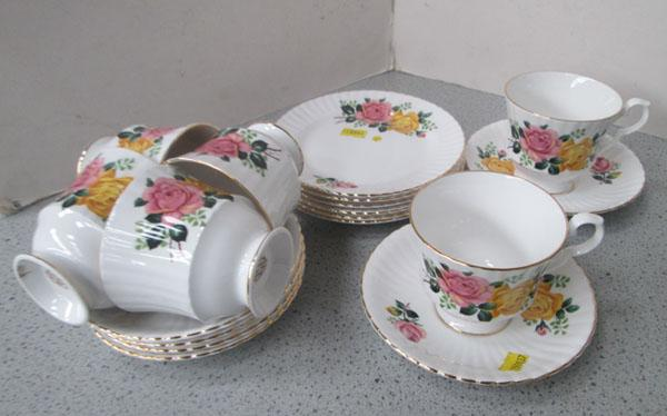 Royal Windsor 6 tea set