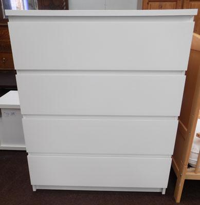 Set of white drawers