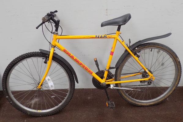"Champion Team yellow 26"" rigid 18 gears bike"