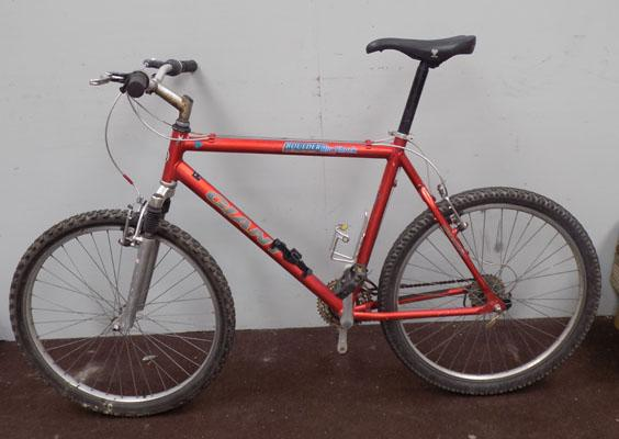 "Giant Boulder red 26"" hardtail 21 gears bike"