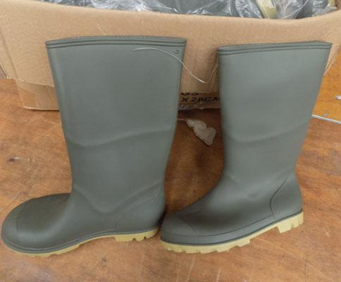 Box of new ladies wellington boots