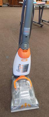 VAX carpet cleaner in working order