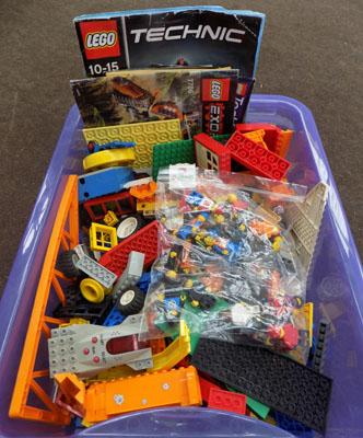 Box of quality LEGO with figures and some instructions