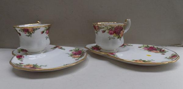 Royal Albert Country Rose tea for two