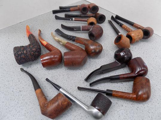 Tray of assorted pipes including George Jenson/Briar