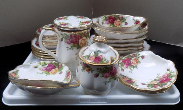 Royal Albert Country Rose assorted items