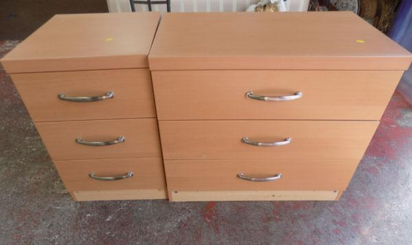 2 sets of bedroom drawers