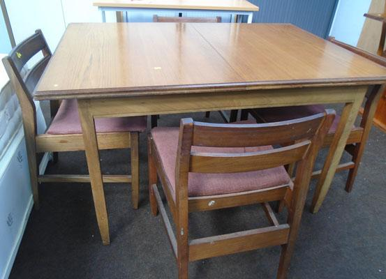 Extending teak table + 4 chairs