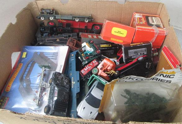 Box of Hornby trains/accessories/Dinky/Scalextric