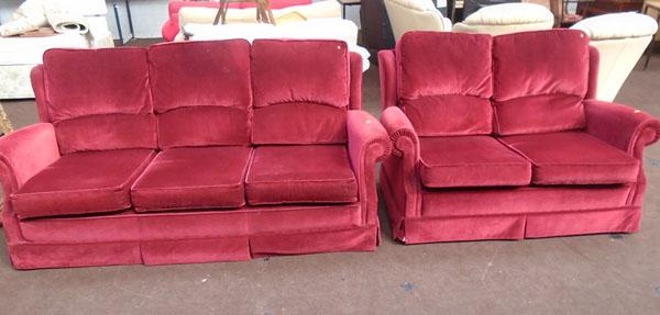 3 seater/2 seater wine coloured settees
