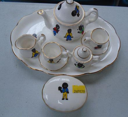 Miniature golly tea set + trinket box