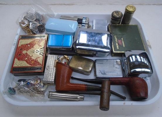 Tray of gents vintage items