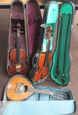 2 violins and a Mandolin - needs restoration work
