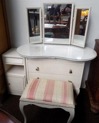 Kidney dressing table + stool + bedside cabinet